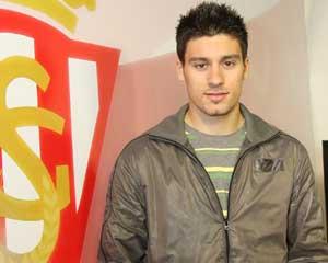 Robert Canella, futbolista del Sporting